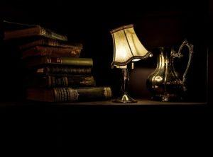 Jak czyścić lampę z abażurem